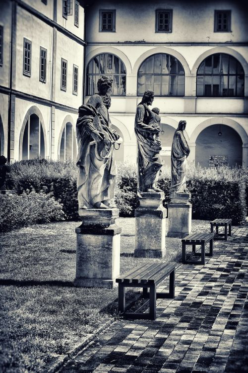 statula,pilis,paminklas,pilies sodas,kultūra,menas,akmuo,statula,istorija,senas,poilsis,sesija,sargas