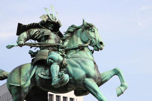 statue equestrian bronze