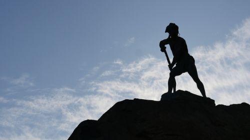 statue cerro santa lucia santiago