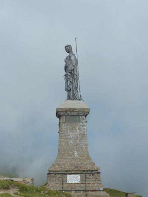 statue christ the redeemer statue il redentore