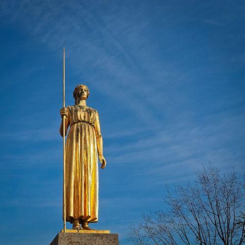 statue golden sculpture