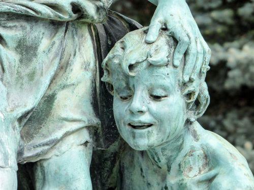 statue bronze bronze statue