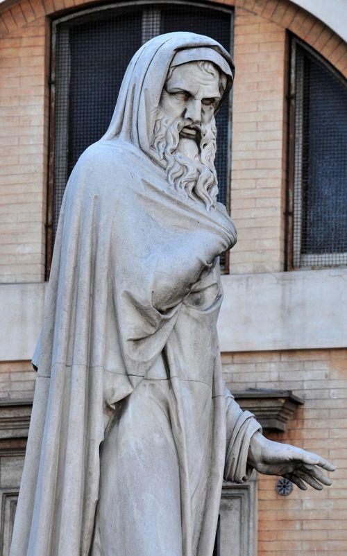 statue rome italy