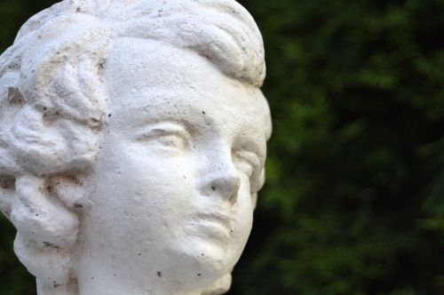 statue stone figure garden
