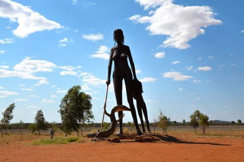 statue anmatjere women aileron