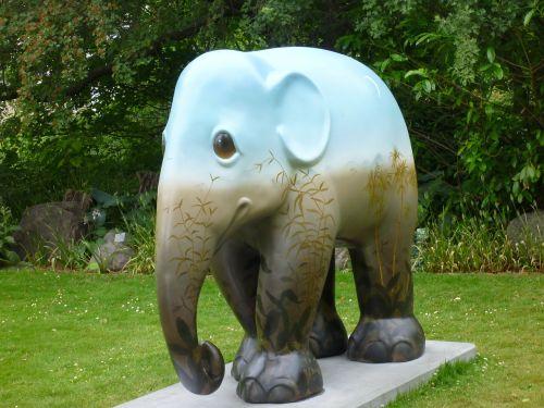 statue elephant copenhagen