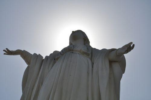statue santiago de chile landmark