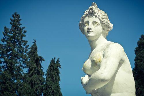 statue bust sculpture