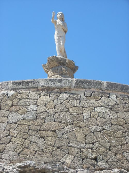 statue puglia sculpture