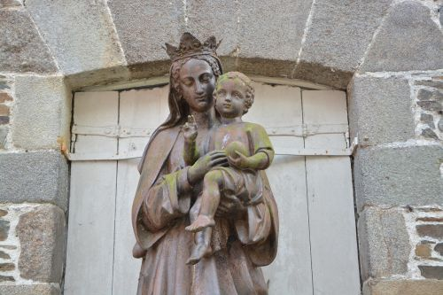 statue holy virgin mary
