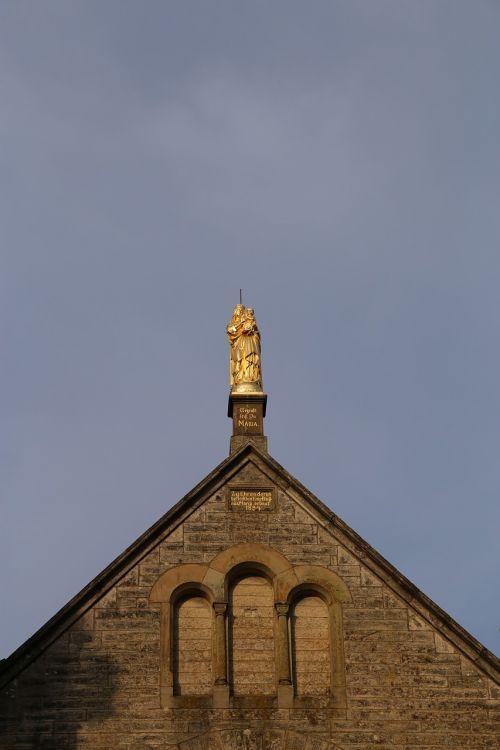 statue maria holy maria