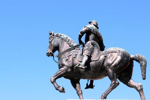 statue sculpture man
