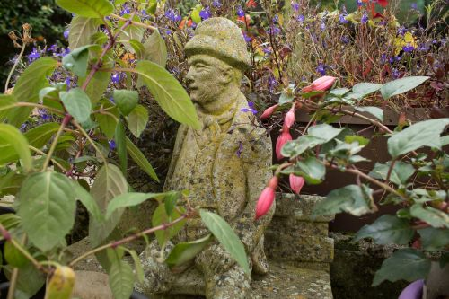 statue garden statue garden ornament