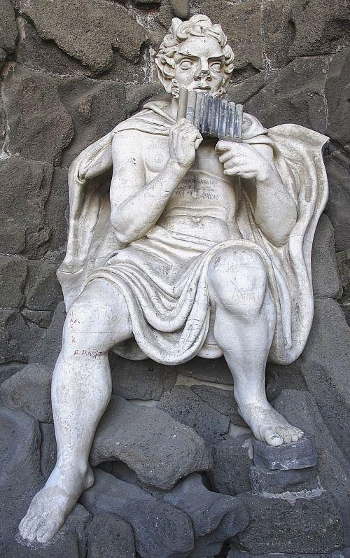 statue pan pan flute