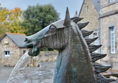 statue statue horse statue metal
