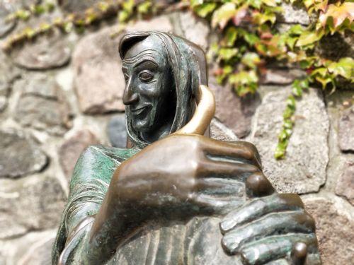 statue mölln till eulenspiegel