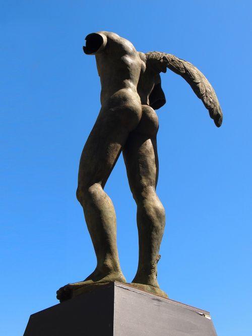 statue monument work