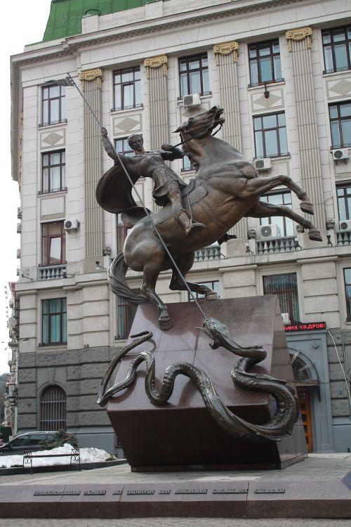 statue megalopolis sculpture