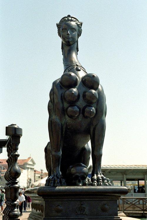 statue  sculpture  travel
