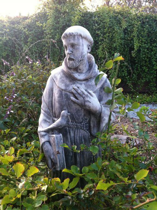 statue garden saints