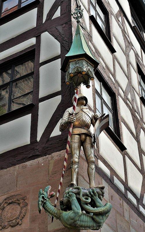 statue  st  georg