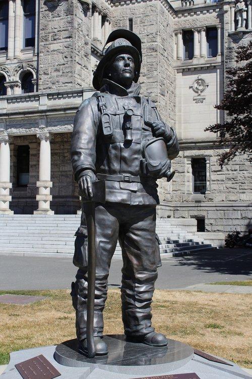 statue  bronze  fireman