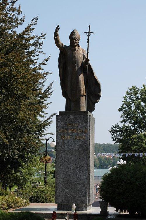 statue  sculpture  religion