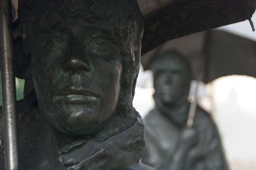 statue budapest hungary
