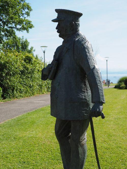 statue bronze figure