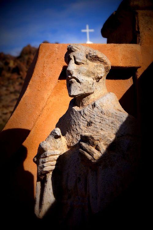 statue stone mission