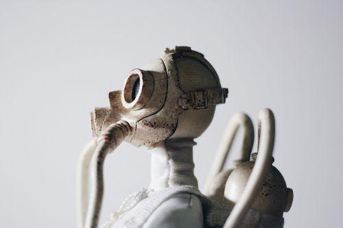statue gas mask respirator