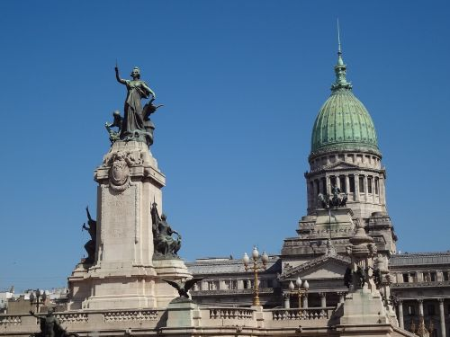 statue dome buenos aires