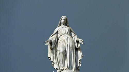 statue sky overcast