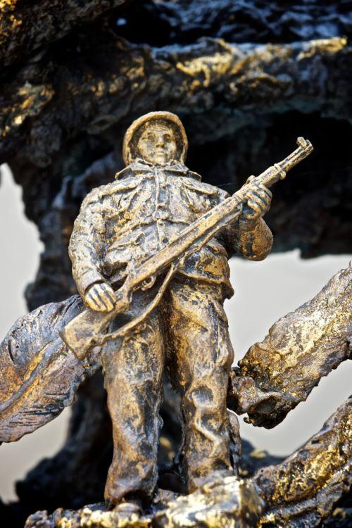 Statue Arlington National Cemetery