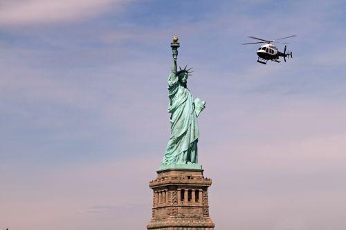 statue of liberty new york manhattan