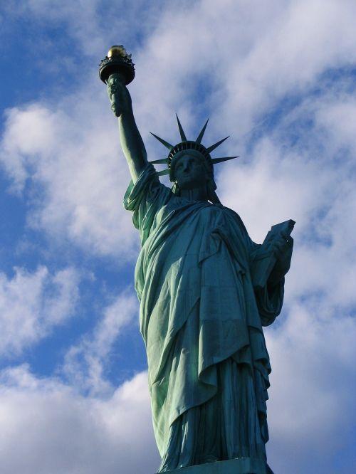 statue of liberty symbol freedom