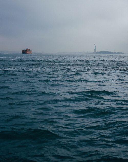 statue of liberty liberty island water
