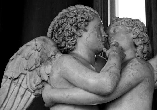 statues uffizi florence