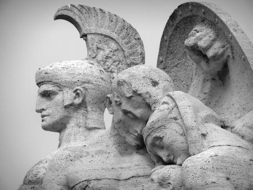 statues rome sculpture