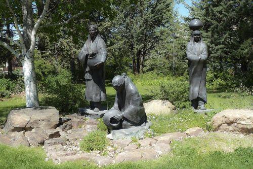 statues park ottawa