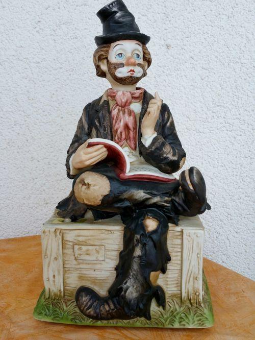 statuette vagabond book