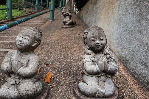 statute  pray  thailand