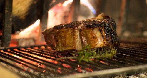 steak rib wood