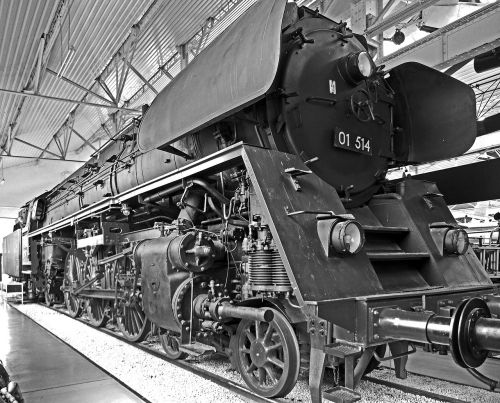 steam locomotive cold museum