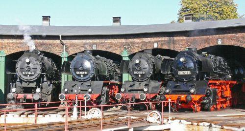 steam locomotive locomotive shed hub