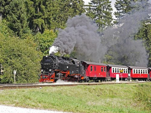 steam locomotive locomotive of chunks of brocken railway