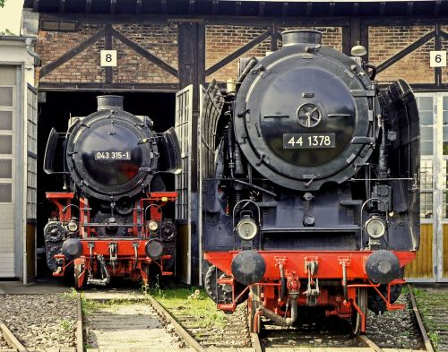 steam locomotive heavy goods train locomotive br44