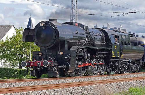 steam locomotive  cfl  luxembourgish
