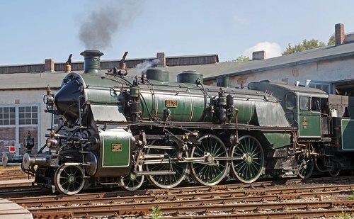 steam locomotive  museum  operational