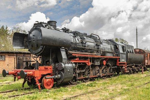 steam locomotive  loco  railway